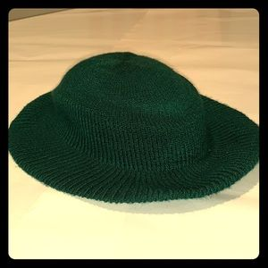 New vintage Arlin green knitted hat!